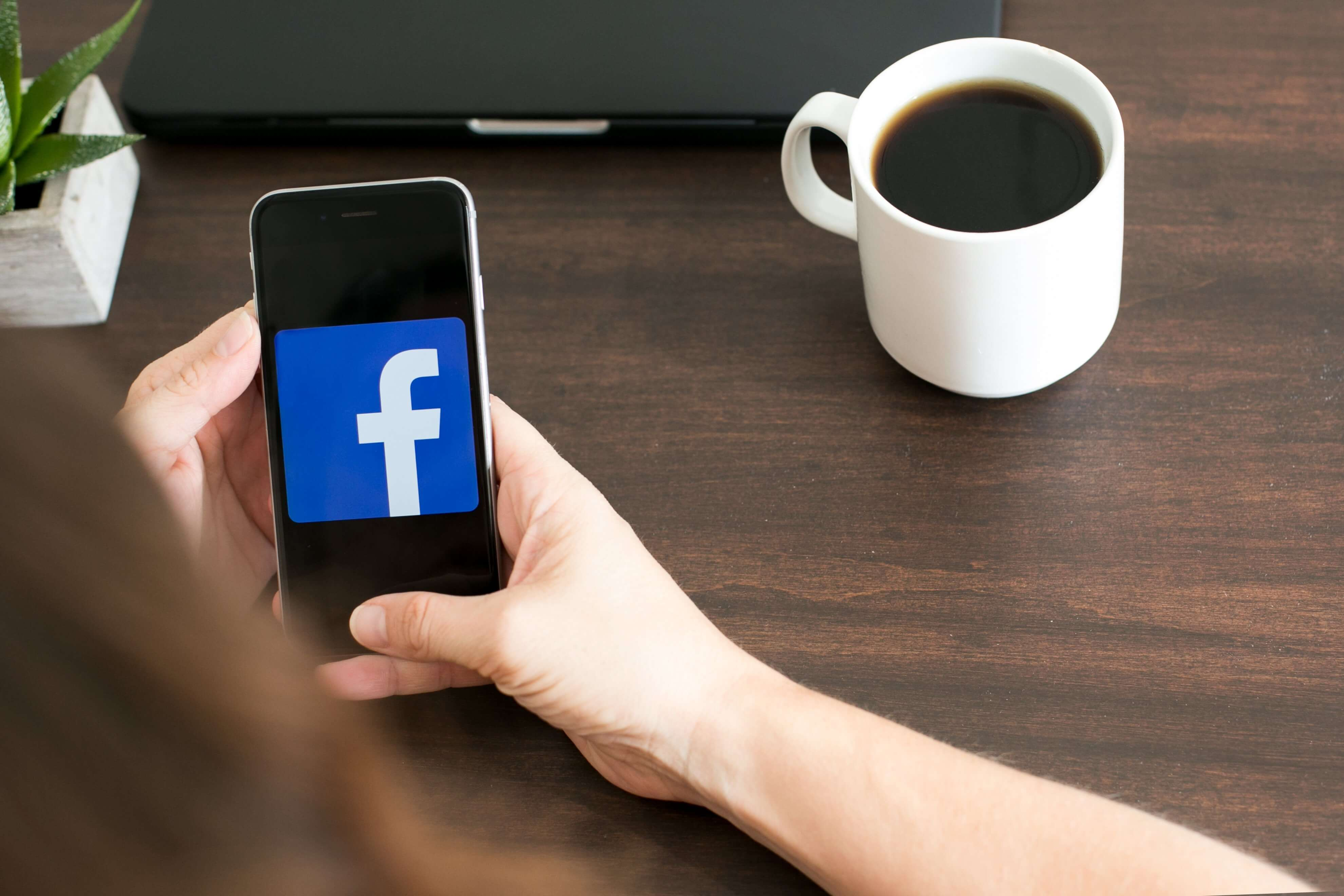 Social Media trends 2021 GraphicMama: Social Media Usage by Gender